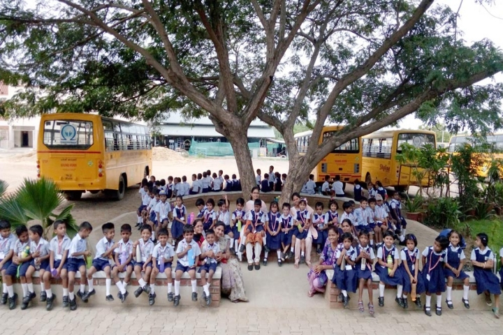 Lalaji Memorial Omega International School-Students