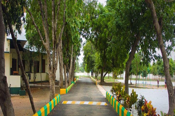 Loyola Academy-Campus