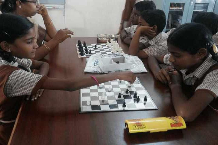 Maharishi Vidya Mandir-Chess