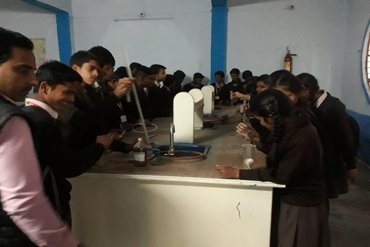Param Gyan Niketan-Chemistry-Lab