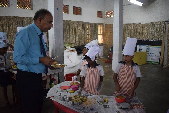 Mahatma Gandhi International School-Food Exhibition