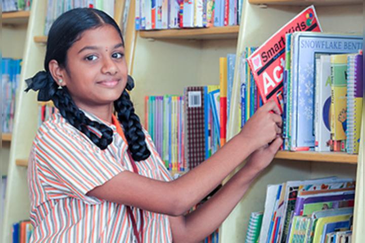 Mahatma Montessori School - Library
