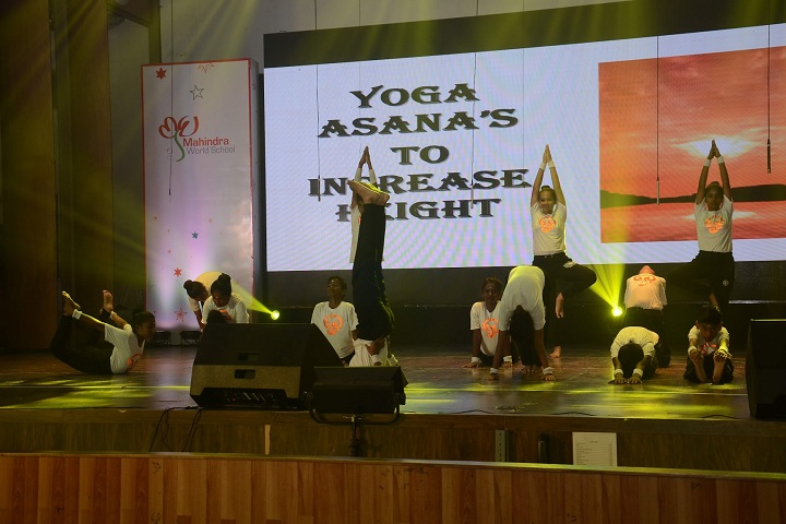 Mahindra World School-Yoga