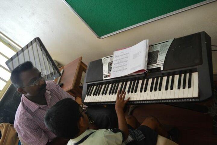 Mount Litera Zee School-Key Board