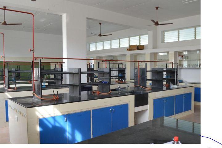 Notredame Of Holycross School-Chemistry Lab