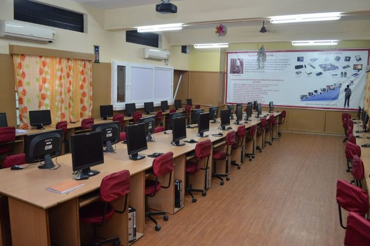 Notredame Of Holycross School-Computer Lab