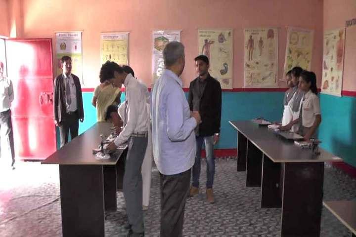 Patna City Central School-Physics Lab