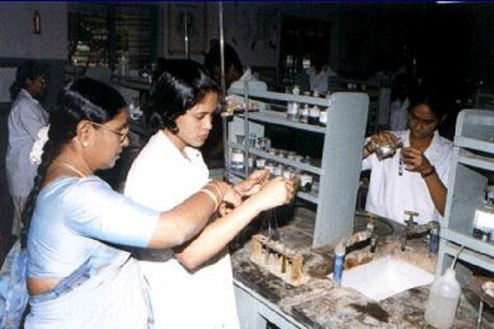 P S B B Senior Secondary School-Chemistry Lab
