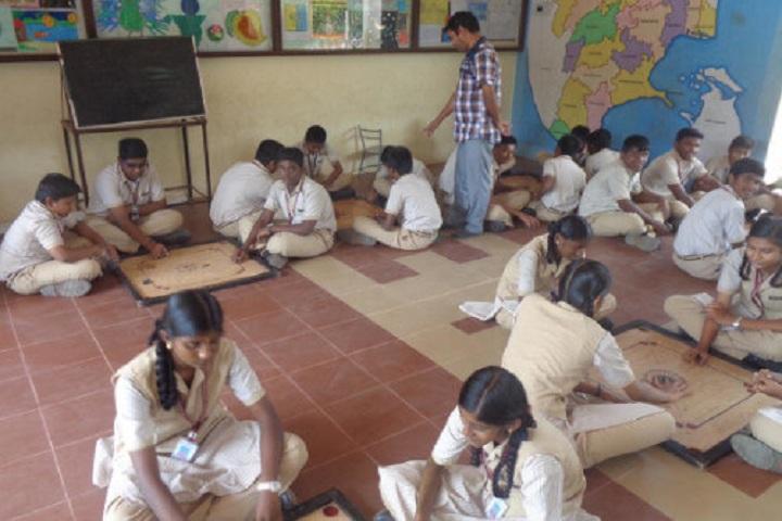 Pandugudi Sri Lakshmi Narayana Vidyalaya-Indoor Games