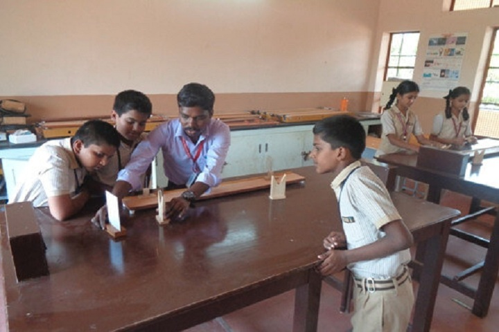Pandugudi Sri Lakshmi Narayana Vidyalaya-Physics Lab