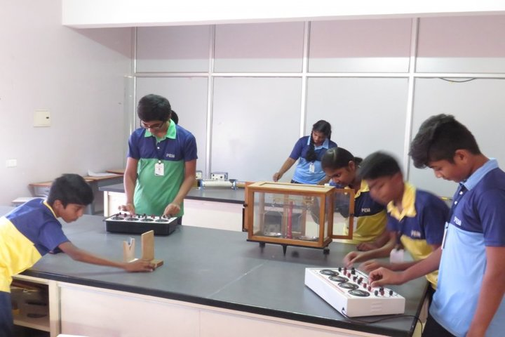 Pem School Of Excellence-Physics Lab