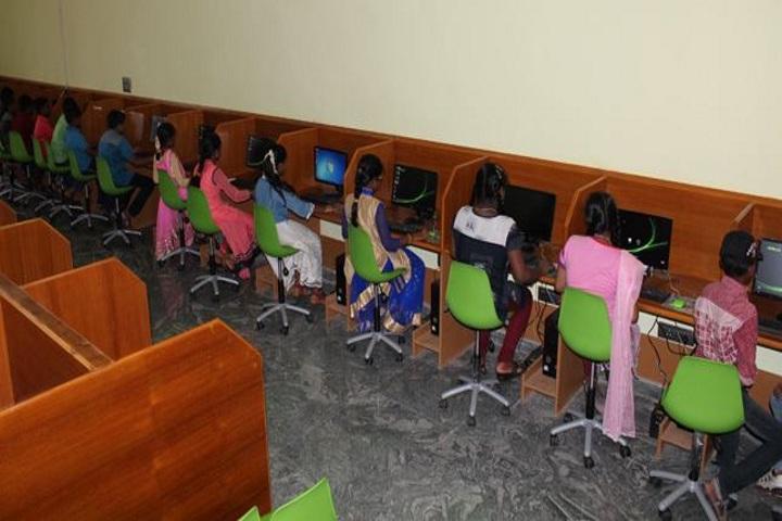 Pioneer Public School-Computer Lab