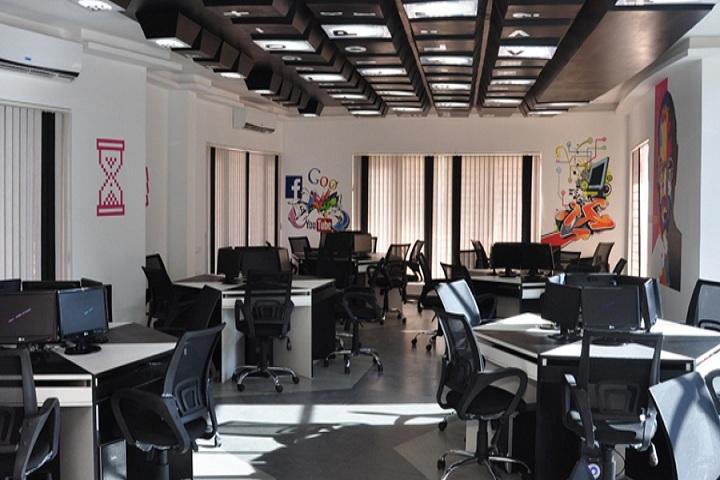 Queen Mira International School-Computer Lab