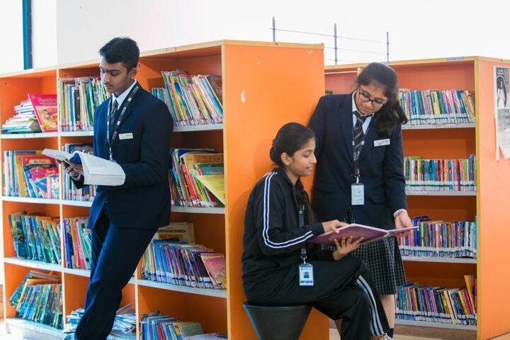 Queen Mira International School-Library
