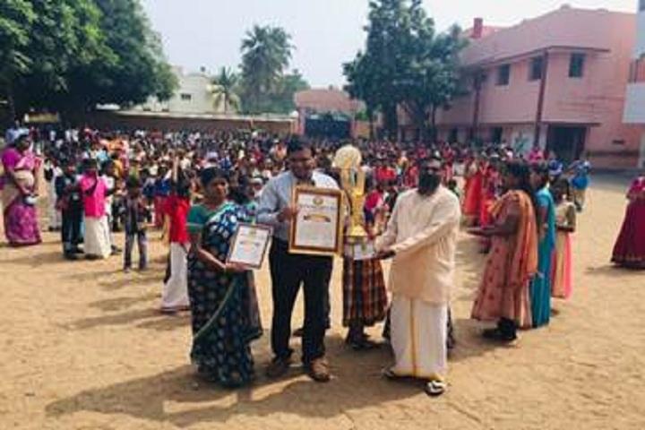 Rajaji Vidyalaya - Award Receiving