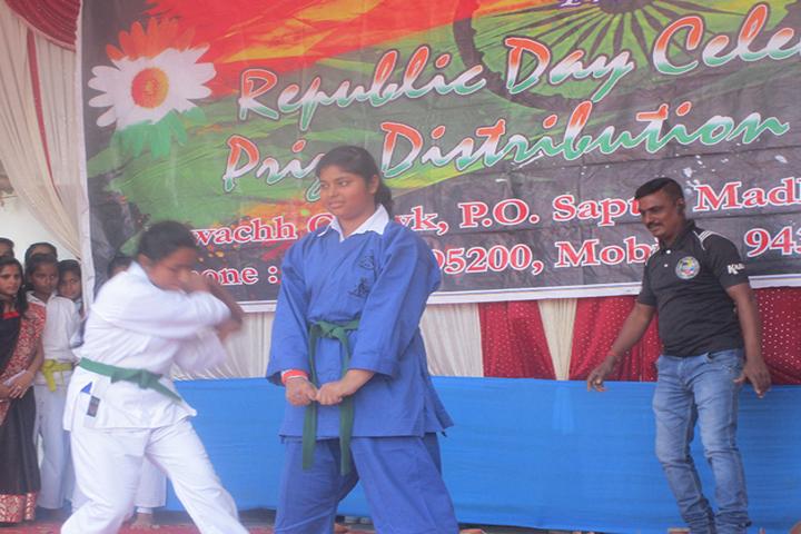 Pole Star-Karate