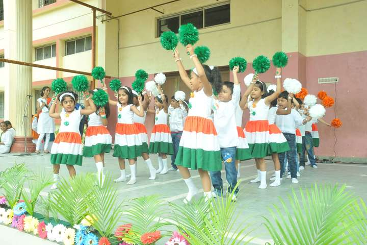S P D H Sindhi Model Senior Secondary School-Independence Day Celebration