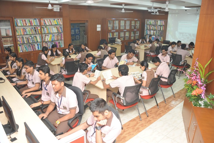 S P D H Sindhi Model Senior Secondary School-Library