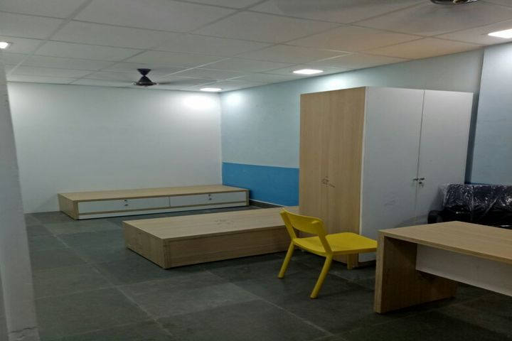 S P D H Sindhi Model Senior Secondary School-Medical Room