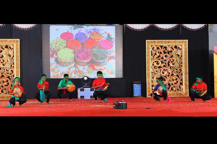 Sathyam International School-Dance
