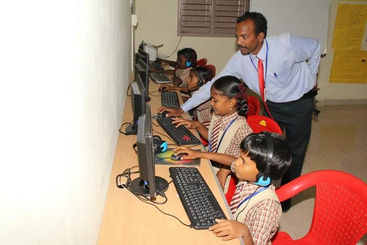 SBG Vidhyalaya-Computer Lab