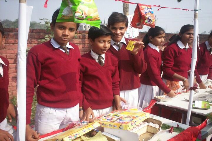 Pragya Niketan Public School-School Exhibition