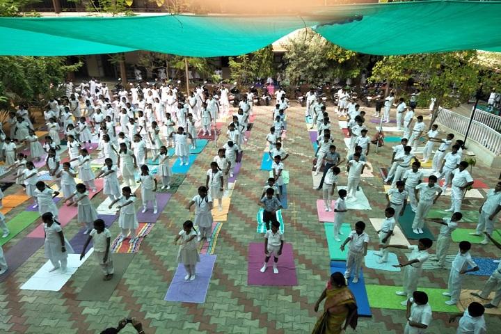 SBOA School-Yoga