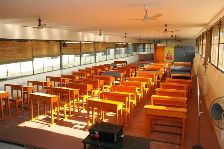 Shakti Vinayakar Hindu Vidyalaya S S-Classroom