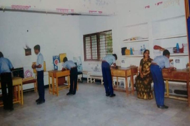 BVB Kamala Rani Sanghi Public School-Lab