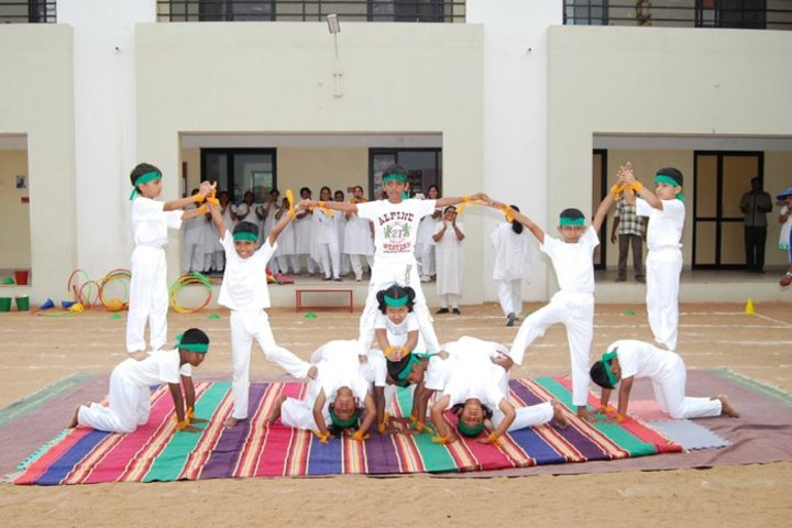 Shiva Niketan School-Yoga day