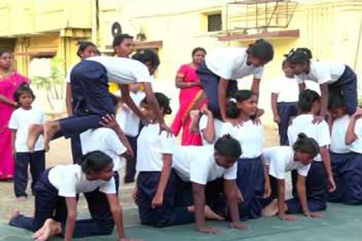 Shree Gugans School-Yoga day