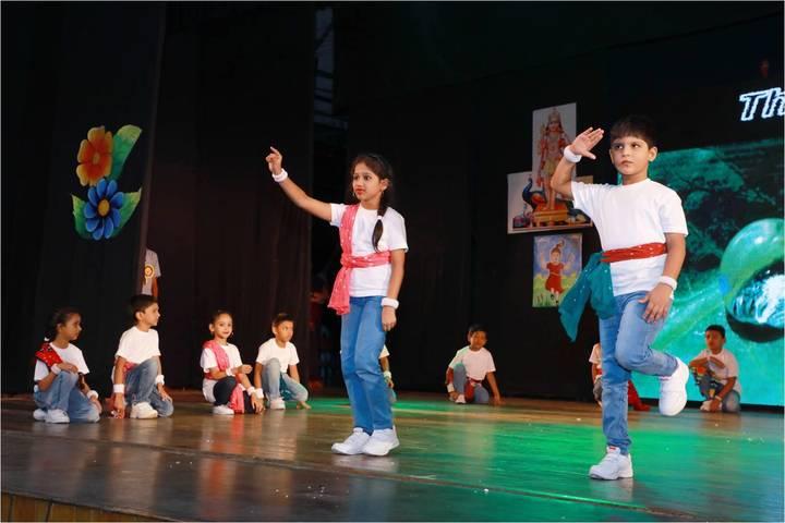 Sir Sivaswami Kalalaya Senior Secondary School-Dance