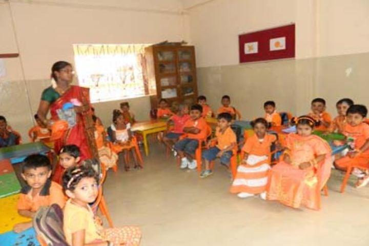 Smt Durgadevi Choudhari V Vidyalaya-Kids classroom