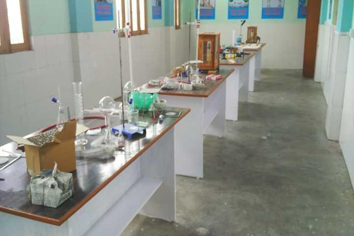 Pratibha Public School-Science Lab