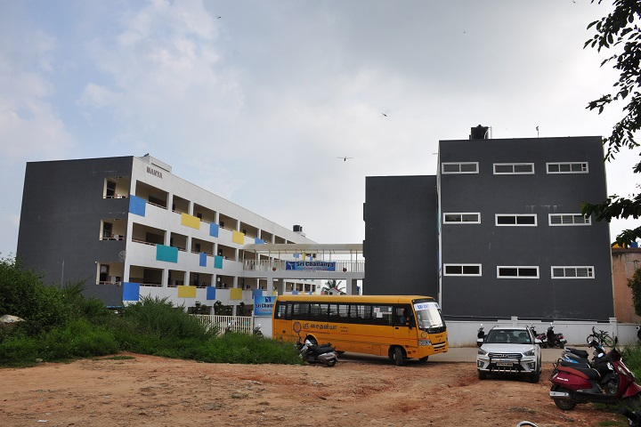 Sri chaitanya techno school-building