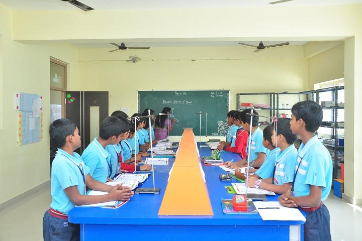 Sri chaitanya techno school-lab