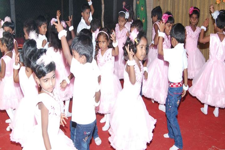 Sri Sai Ram Public School-Kids Dance