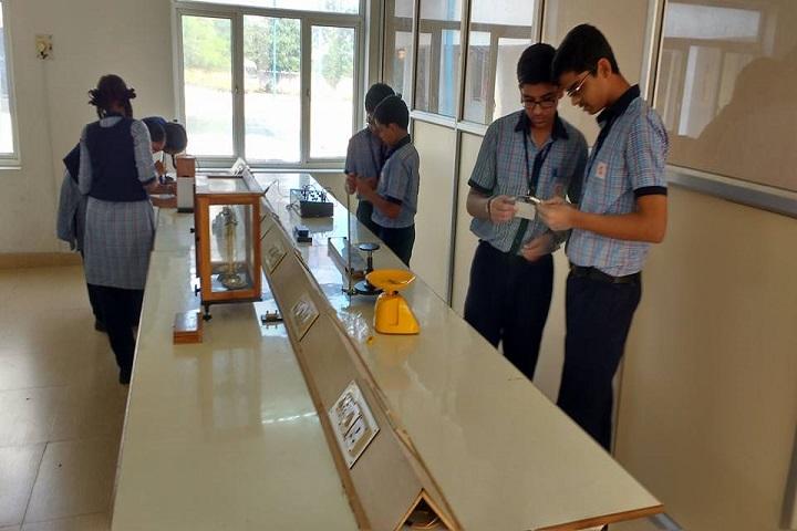 Sri Sai Vidyashram-Lab