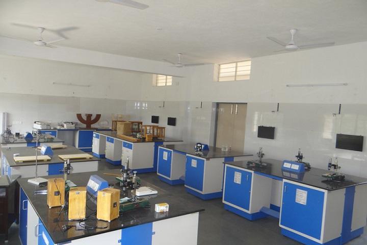 Sri Seshaas International Public School-Lab