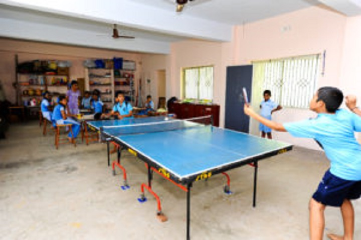 Sri Sivananda Balalaya-Table tennis