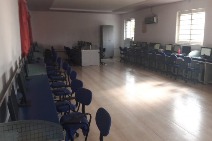 Sri Swamy International School-Computer-Lab