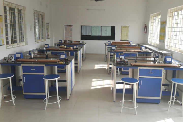 Sri Swamy International School-Science-Lab