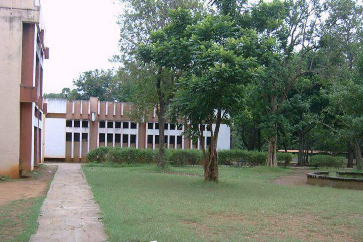 Sri Vidya Mandhir School-building