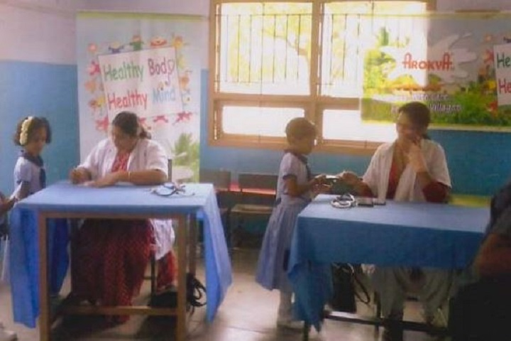 Sri Vidya Mandhir School-health check-up