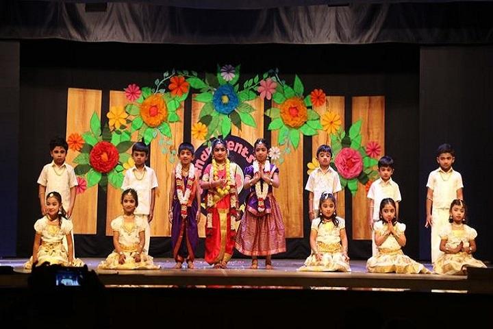 Srimathi Sundaravalli Memorial School-Grand Parents Day