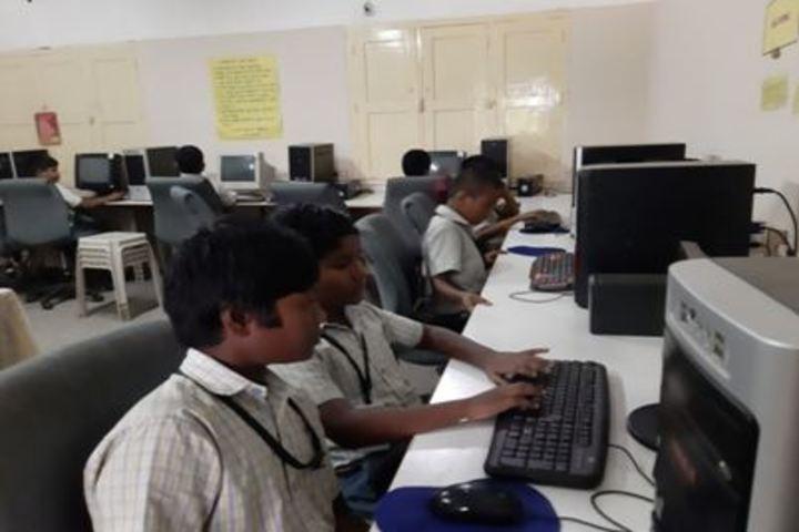 St John Paul Academy- Computer Lab