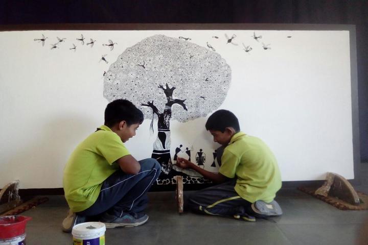 The Ashok Leyland School- Art