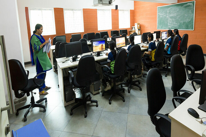 The Pupil - Saveetha Eco School-Computer LAb