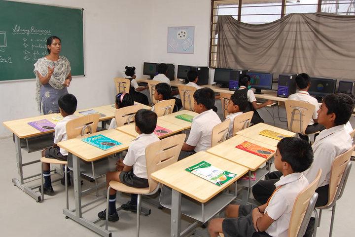 The Optimus Public School-Computer Lab