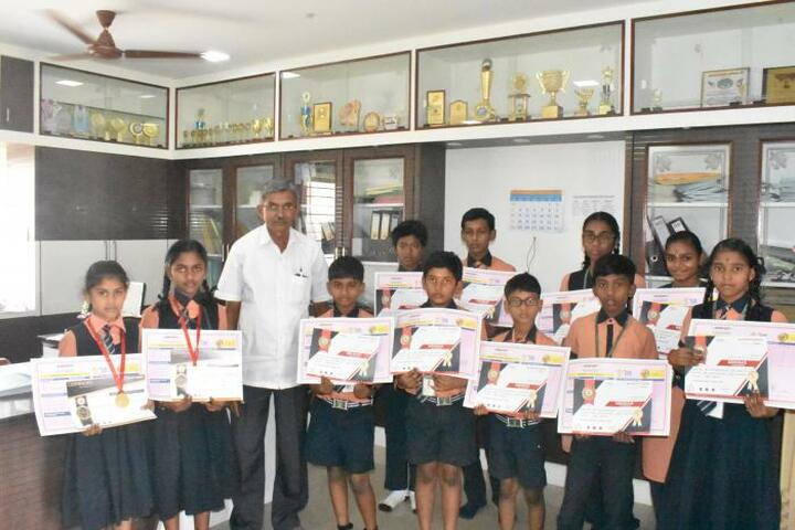 Vee Gee Vikas Public School-Mathematics Olympaid Prize